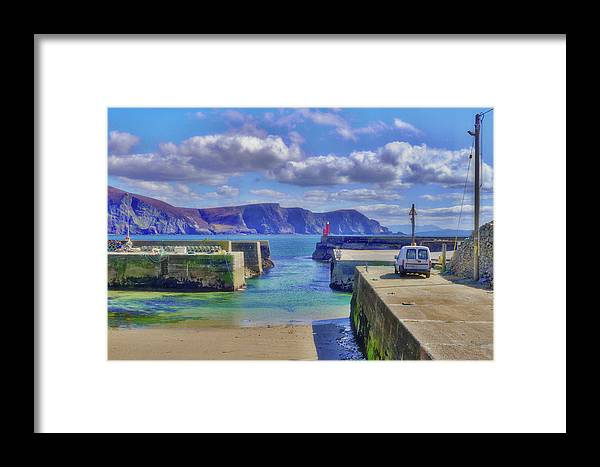 Beach Framed Print featuring the photograph The Tide Is Out In The Harbour by Paul Mc Namara