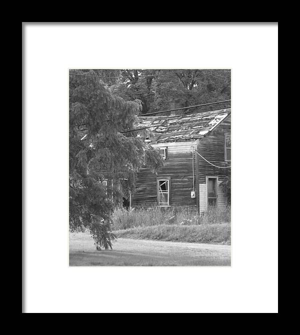 House Framed Print featuring the photograph This Old House by Rhonda Barrett