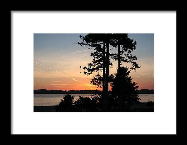 Sunset Framed Print featuring the photograph Tofino Sunset IIi Ss 1031 by Mary Gaines