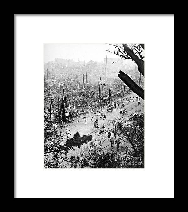 1923 Framed Print featuring the photograph Tokyo Earthquake, 1923 by Granger