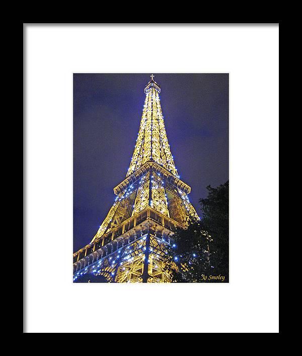 Eiffel Tower Paris France Framed Print featuring the photograph Tour Eiffel 2007 by Joanne Smoley