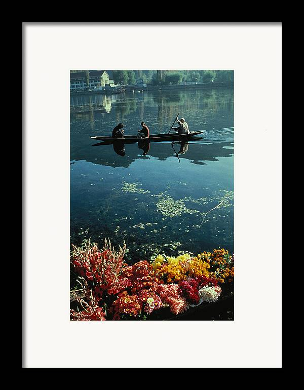 Boats Framed Print featuring the photograph Vale Of Kashmir by Carl Purcell