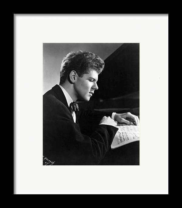 1950s Portraits Framed Print featuring the photograph Van Cliburn, 1954 by Everett