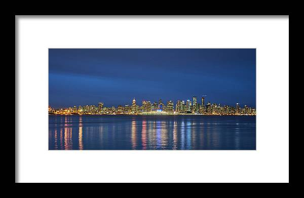 Vancouver Framed Print featuring the photograph Vancouver Cityscape by Mauricio Ricaldi
