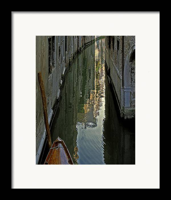 Framed Print featuring the photograph Venice 3 by Victor Yekelchik