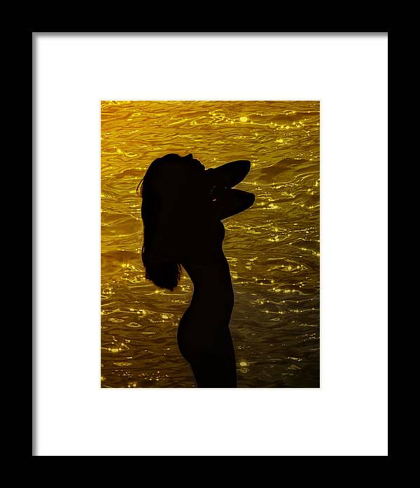 Woman Framed Print featuring the photograph Venus Del Mare by Joachim G Pinkawa
