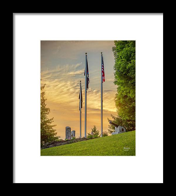 Gillie Lake Framed Print featuring the photograph Veteran's Memorial Park by Scott Reyes