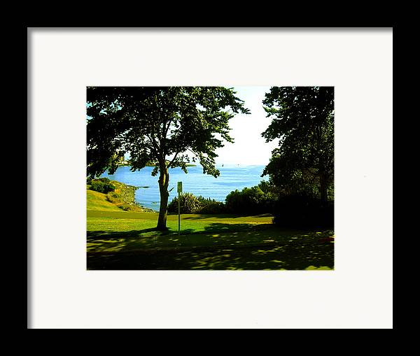 Victoria Framed Print featuring the photograph Victoria British Columbia by Bob Gardner