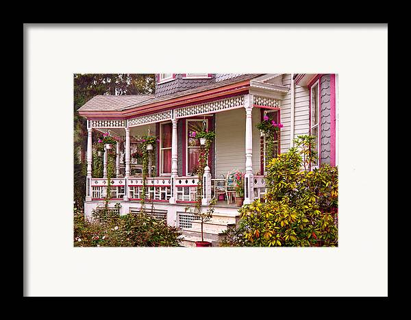 House Framed Print featuring the photograph Victorian - Belvidere Nj - The Beauty Of Spring by Mike Savad