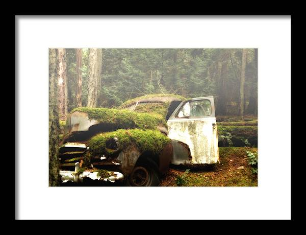 Vintage Cars Framed Print featuring the photograph Vintage 1947 Chevrolet by Diane Smith