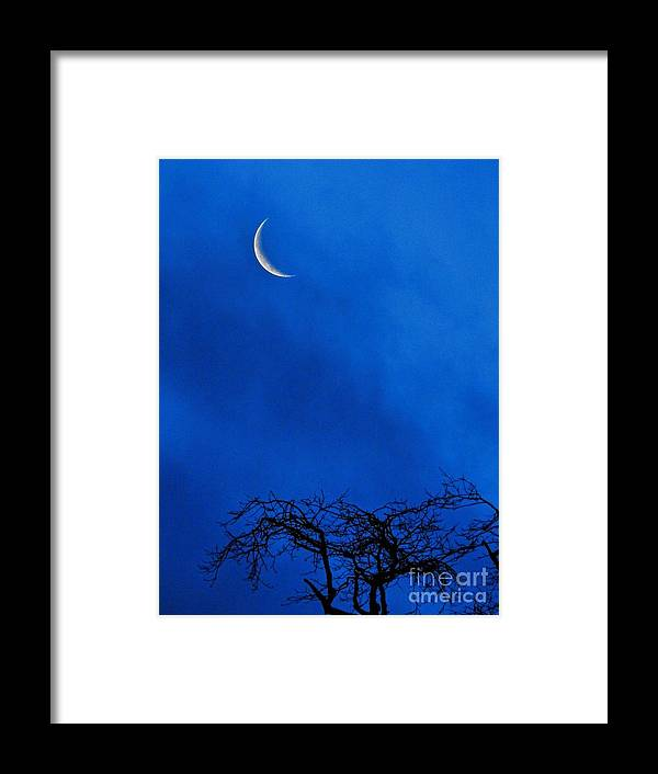 Vertical Framed Print featuring the photograph Waning Crescent by Peggy Hughes