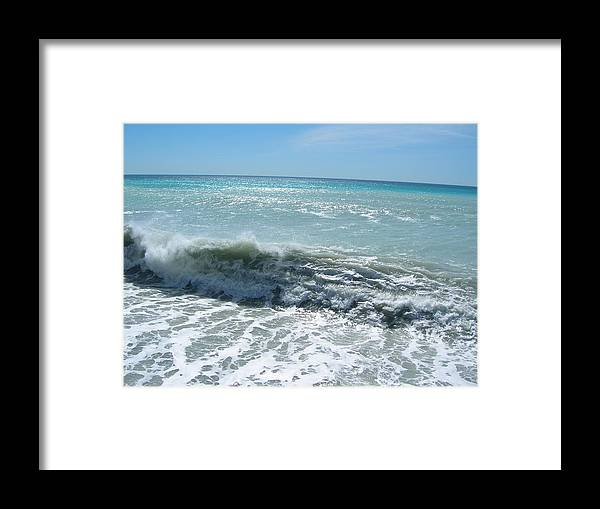 Sea Framed Print featuring the photograph Waves On The Beach by Tiziana Verso