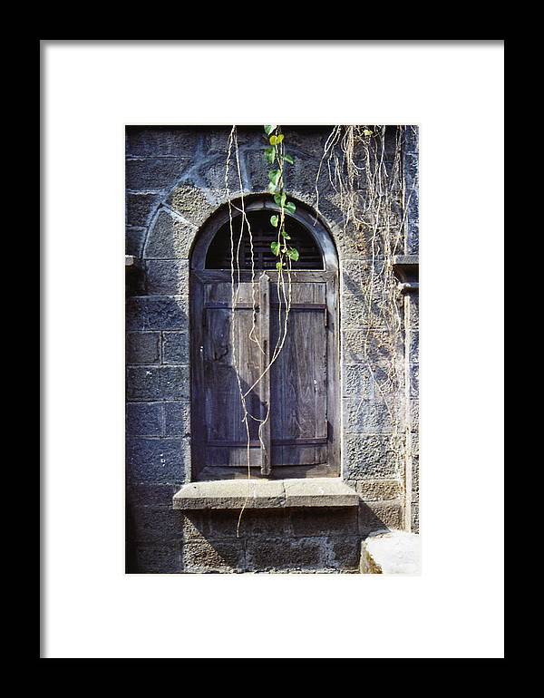 India Framed Print featuring the photograph Window At Temple Grounds In India by Diana Davenport