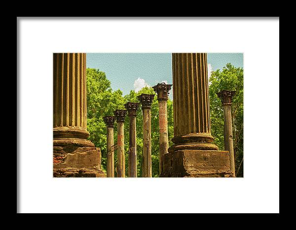 Windsor Ruins Framed Print featuring the photograph Windsor Ruins by Carl Rich