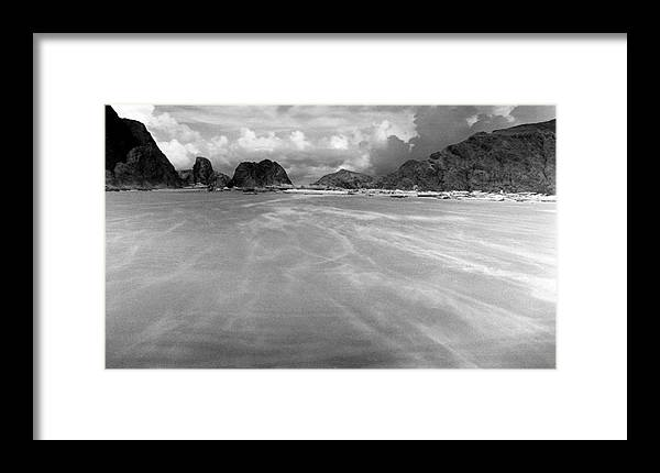 Wind Framed Print featuring the digital art Windswept by Tom Melo