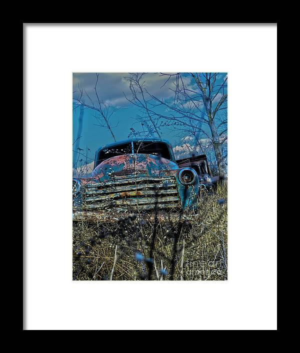Truck Framed Print featuring the photograph With No Headlights by Richard Greiner