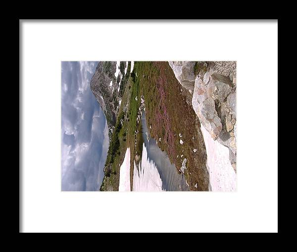Wyoming Snow'y Range Framed Print featuring the photograph Wyoming Snow'y Range by Alice Eckmann