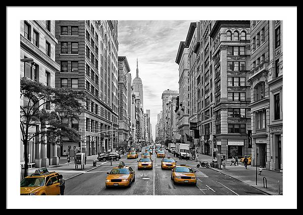5th Avenue NYC Traffic by Melanie Viola