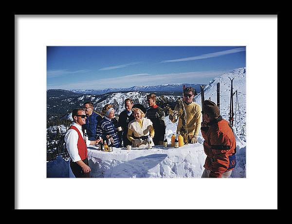 Skiing Framed Print featuring the photograph Apres Ski by Slim Aarons