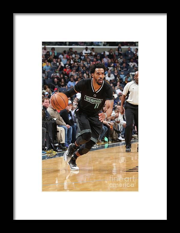 Nba Pro Basketball Framed Print featuring the photograph Chicago Bulls V Memphis Grizzlies by Joe Murphy