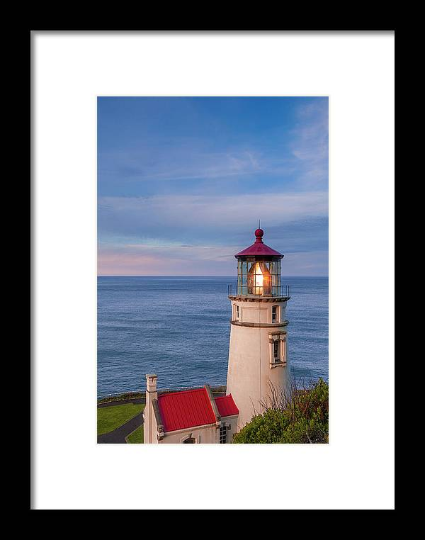 Heceta Framed Print featuring the photograph Heceta Head Lighthouse by Andrew Soundarajan