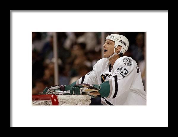 Anaheim Mighty Ducks Framed Print featuring the photograph Ken Baumgartner by Elsa