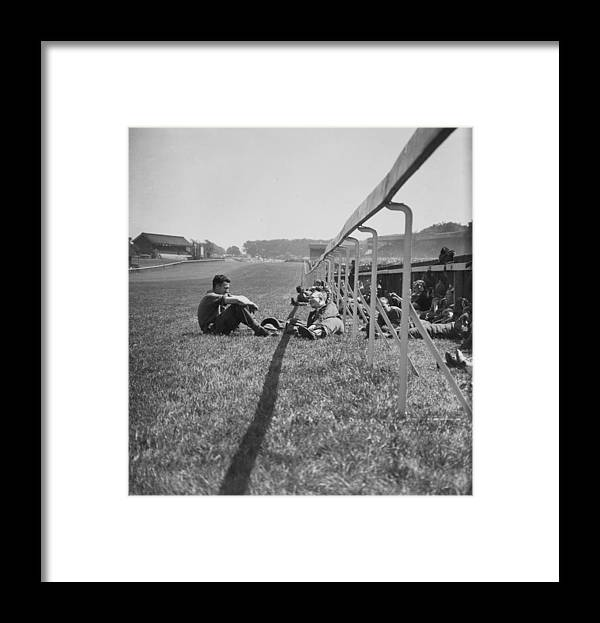 Grass Framed Print featuring the photograph Wartime Derby by Bert Hardy