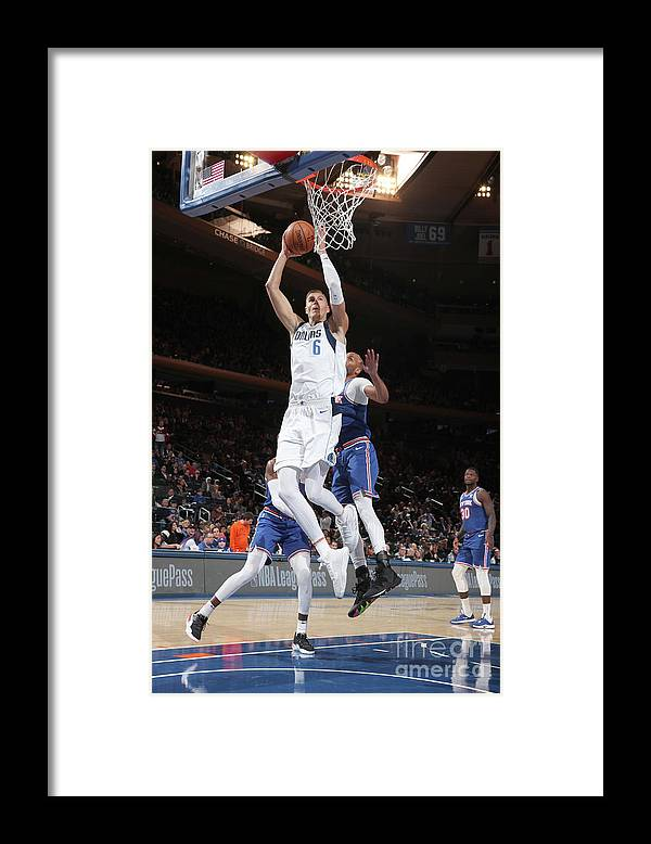 Nba Pro Basketball Framed Print featuring the photograph Dallas Mavericks V New York Knicks by Nathaniel S. Butler
