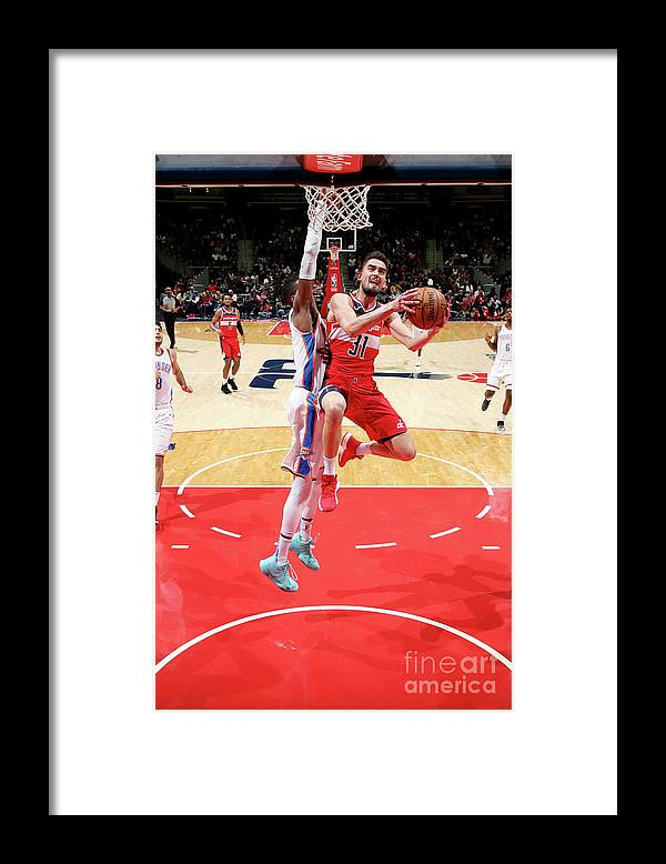 Nba Pro Basketball Framed Print featuring the photograph Oklahoma City Thunder V Washington by Ned Dishman