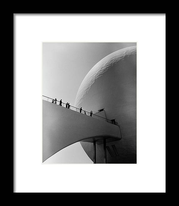 1930-1939 Framed Print featuring the photograph 1939 Worlds Fair Visitors Entering The by Alfred Eisenstaedt