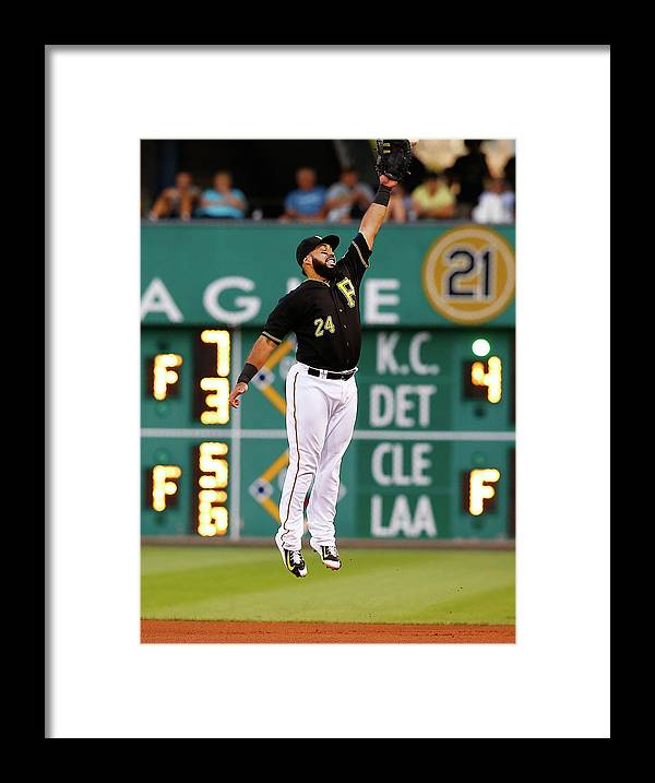 People Framed Print featuring the photograph Chicago Cubs V Pittsburgh Pirates by Jared Wickerham