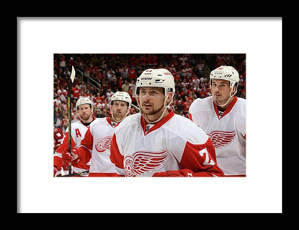 National Hockey League Framed Print featuring the photograph Detroit Red Wings V Arizona Coyotes by Norm Hall