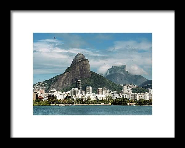 Majestic Framed Print featuring the photograph Lagoa Rodrigo De Freitas by Daniel Santacatalina