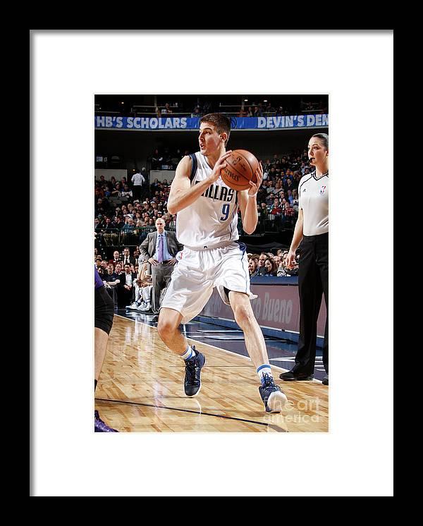 Nba Pro Basketball Framed Print featuring the photograph Phoenix Suns V Dallas Mavericks by Danny Bollinger
