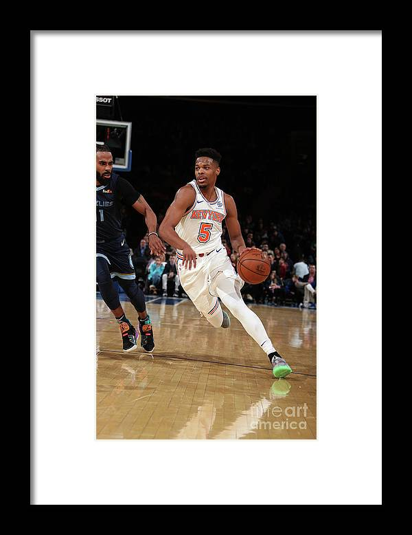 Nba Pro Basketball Framed Print featuring the photograph Memphis Grizzlies V New York Knicks by Nathaniel S. Butler