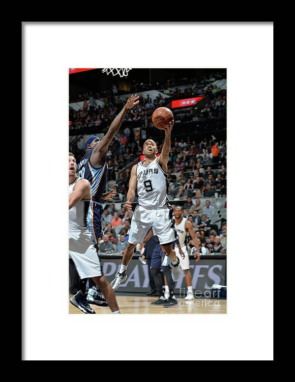 Playoffs Framed Print featuring the photograph Memphis Grizzlies V San Antonio Spurs - by Mark Sobhani