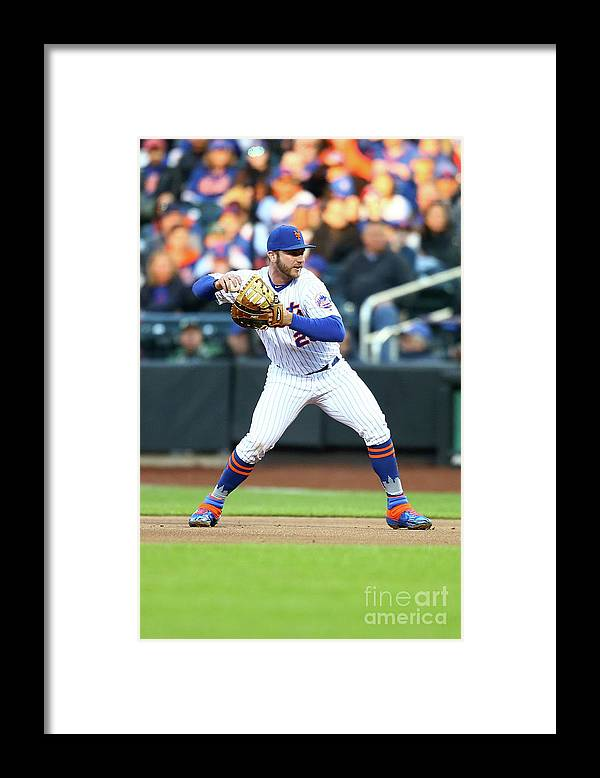 People Framed Print featuring the photograph Milwaukee Brewers V New York Mets by Mike Stobe