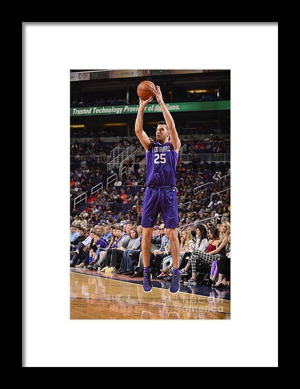 Nba Pro Basketball Framed Print featuring the photograph La Clippers V Phoenix Suns by Barry Gossage