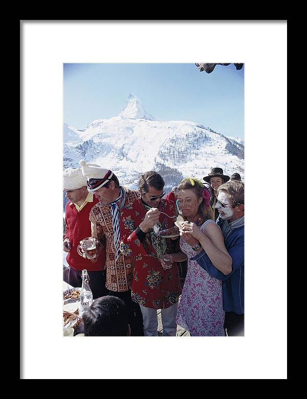 People Framed Print featuring the photograph Zermatt Skiing 3 by Slim Aarons