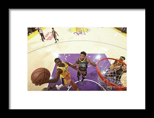 Nba Pro Basketball Framed Print featuring the photograph Golden State Warriors V Los Angeles by Andrew D. Bernstein