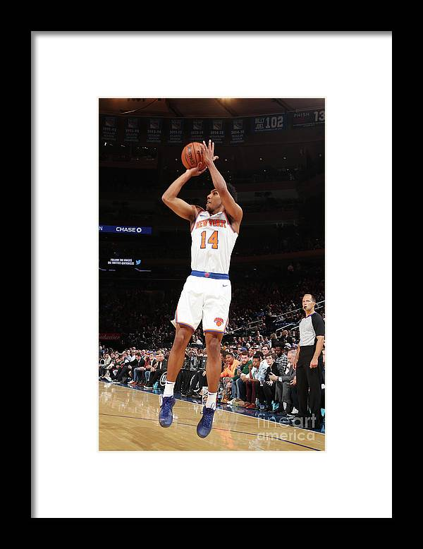 Event Framed Print featuring the photograph Atlanta Hawks V New York Knicks by Nathaniel S. Butler