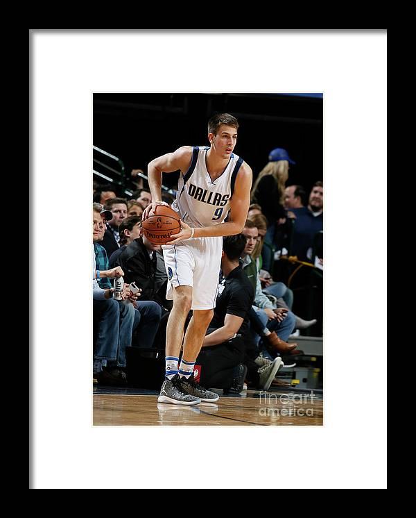Nba Pro Basketball Framed Print featuring the photograph Memphis Grizzlies V Dallas Mavericks by Danny Bollinger