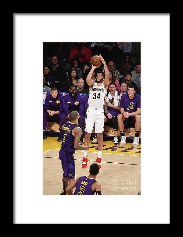 Nba Pro Basketball Framed Print featuring the photograph New Orleans Pelicans V Los Angeles by Adam Pantozzi