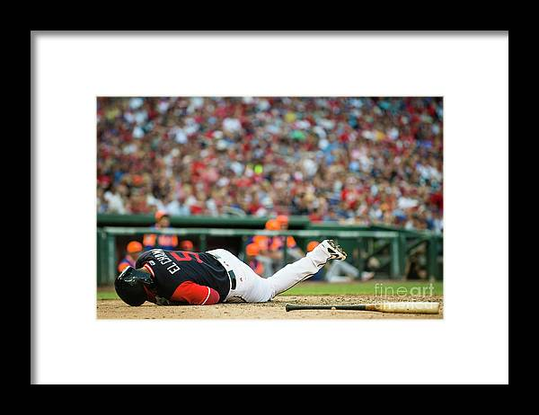 People Framed Print featuring the photograph New York Mets V Washington Nationals by Patrick Mcdermott