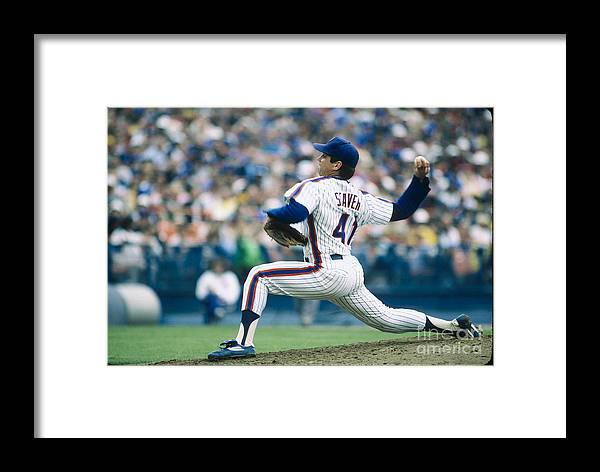Tom Seaver Framed Print featuring the photograph Mlb Photos Archive 73 by Rich Pilling