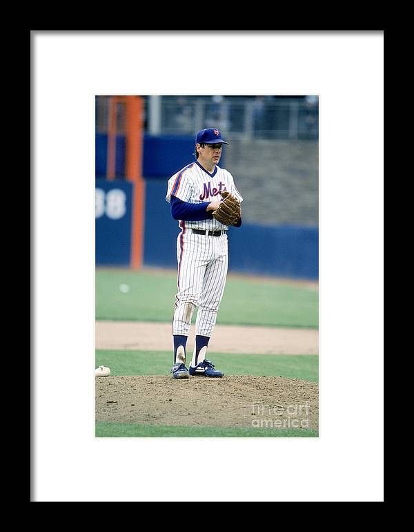 Tom Seaver Framed Print featuring the photograph Mlb Photos Archive 80 by Rich Pilling
