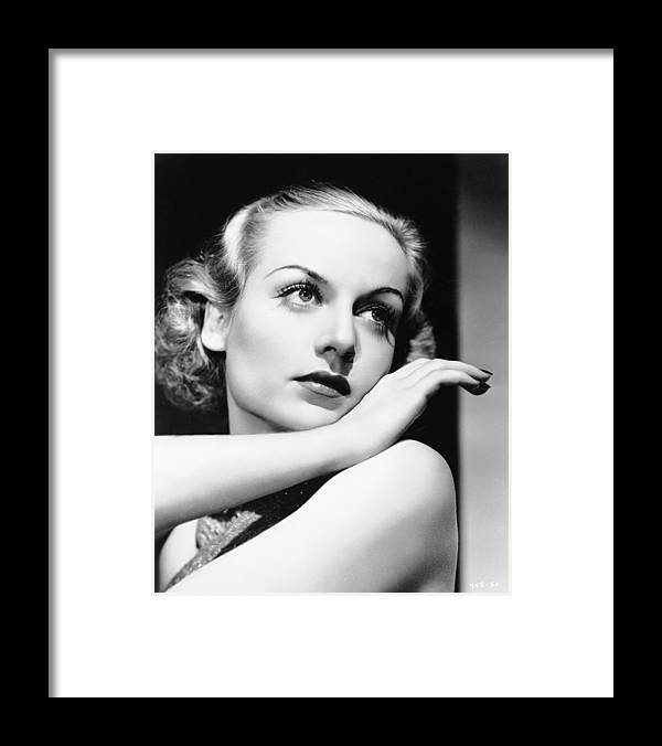 1930-1939 Framed Print featuring the photograph Actress Carole Lombard by Hulton Archive