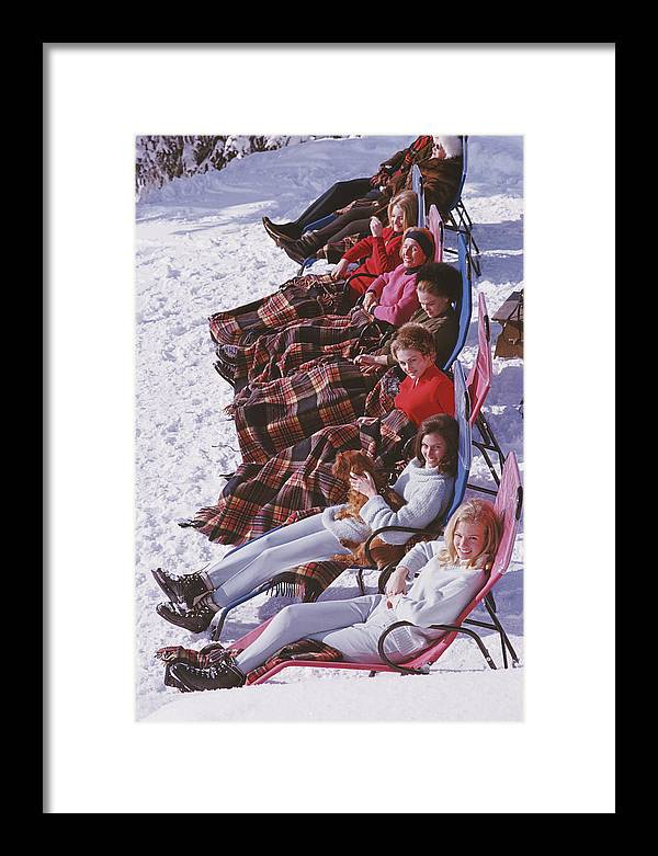 Gstaad Framed Print featuring the photograph Apres Ski by Slim Aarons