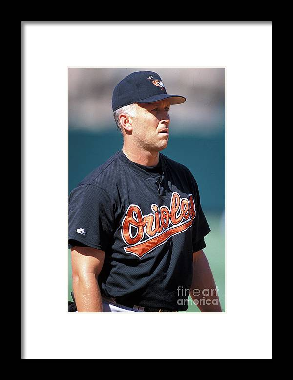 Of Anaheim Framed Print featuring the photograph Baltimore Orioles Vs Anaheim Angels - by Kirby Lee