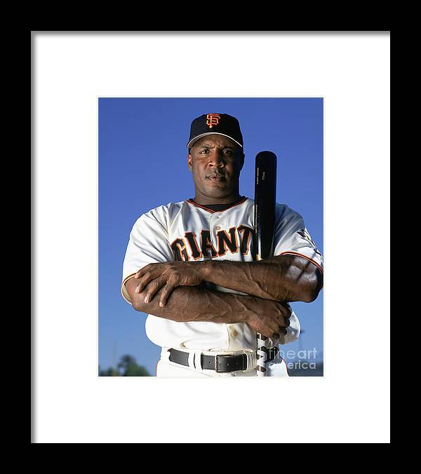 People Framed Print featuring the photograph Barry Bonds by Andy Hayt